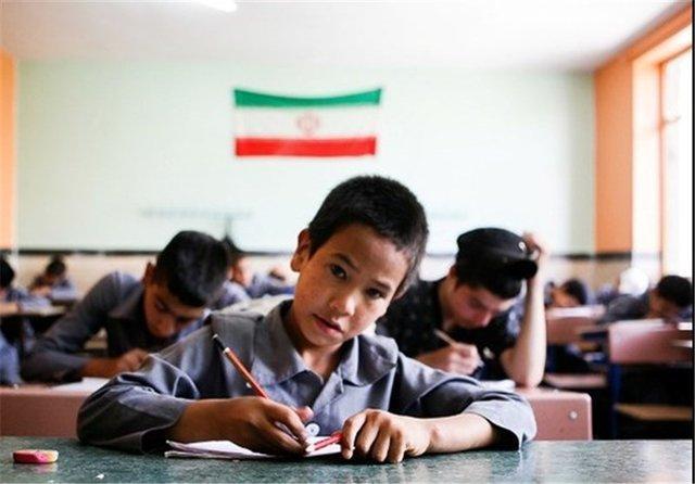 ایران پیش قدم حمایت از معیشت پناهندگان