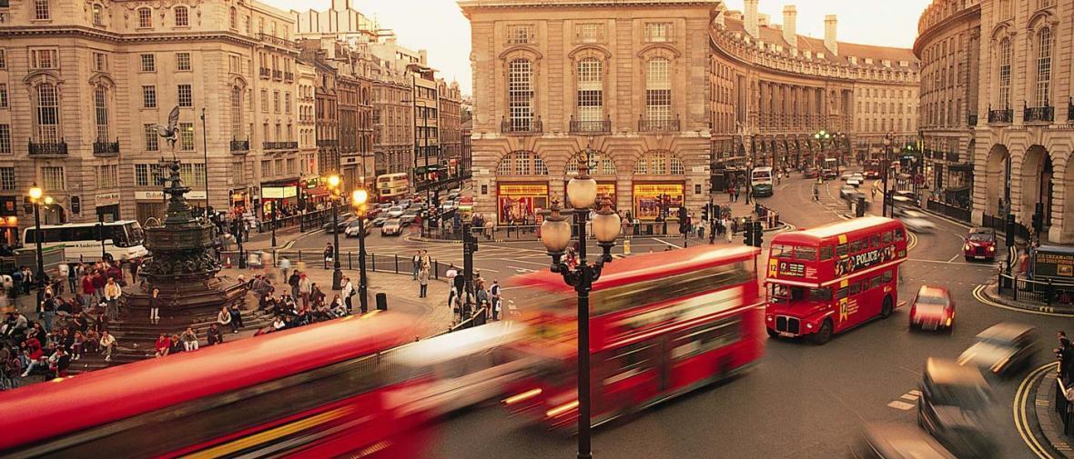 گردش در سطح لندن با تانک