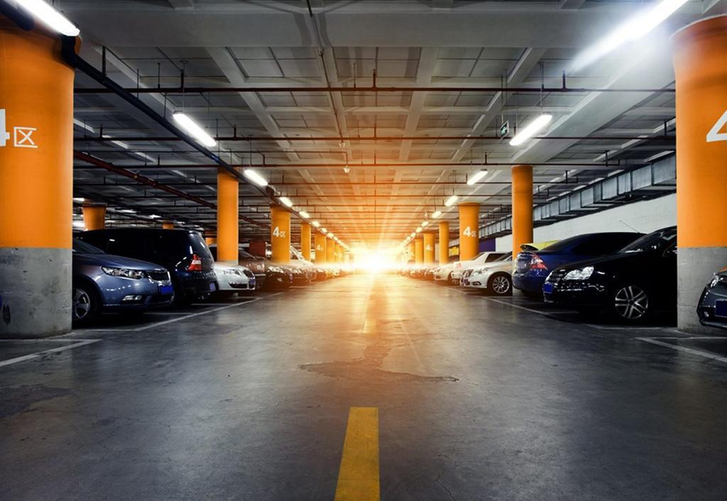هر متر آپارتمان با پارکینگ و بدون پارکینگ در تهران چه قیمتی دارد؟