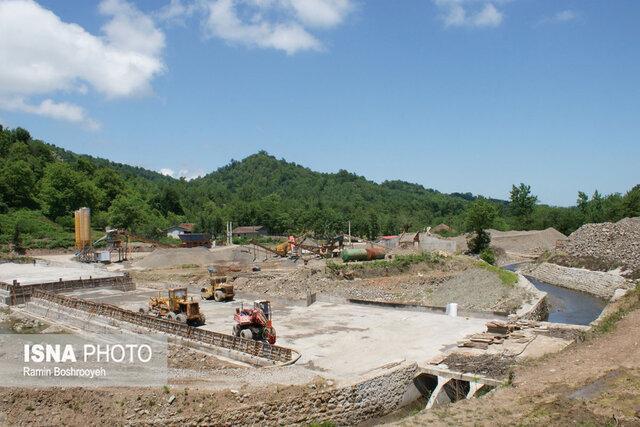 سه مشکل اساسی بزرگترین سد لاستیکی کشور در آستارا