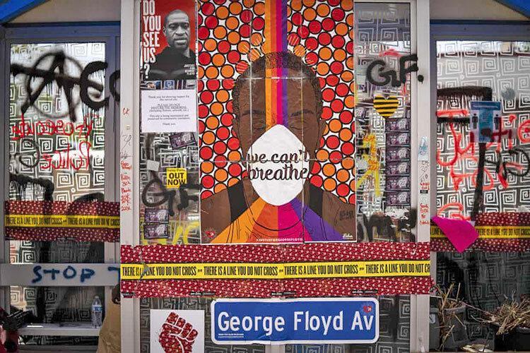 انتشار متن گفتگوی جورج فلوید با پلیس ها ، 20 بار تکرار نمی توانم نفس بکشم