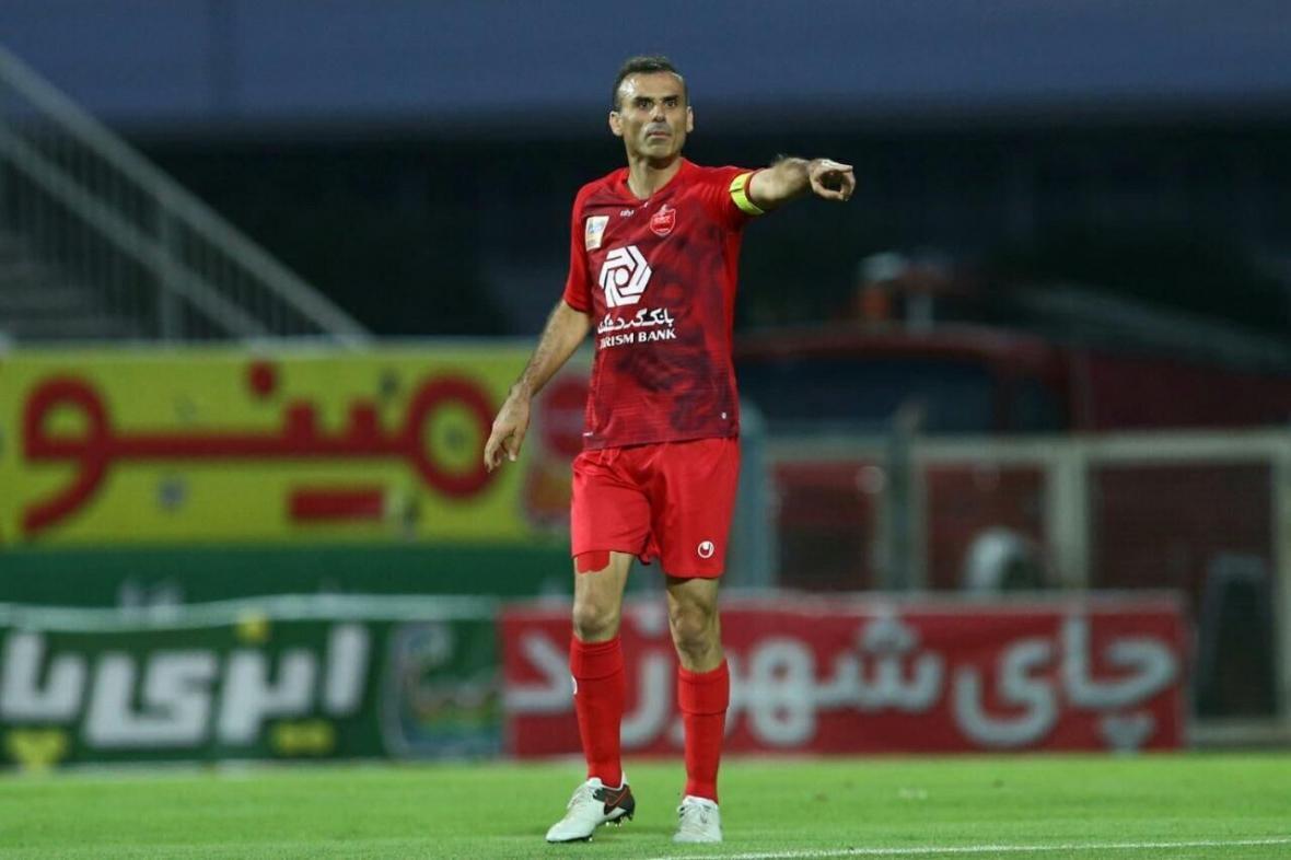 خبرنگاران حسینی: بازیکنان زیادی جدا شدند و این موضوع کار را برای ما سخت می نماید