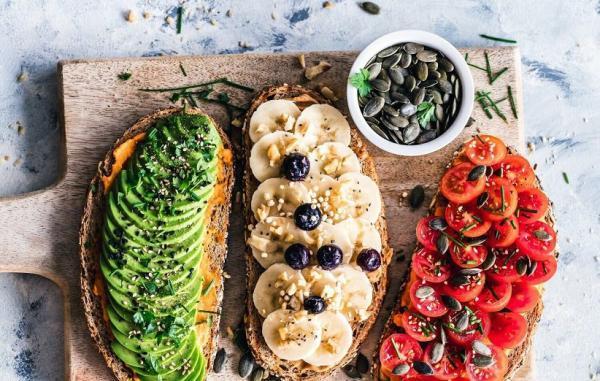 18 میان وعده سالم و خوشمزه برای رژیم غذایی وگان