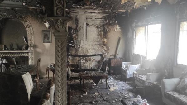 مهار آتش سوزی یک خانه ویلایی در رشت